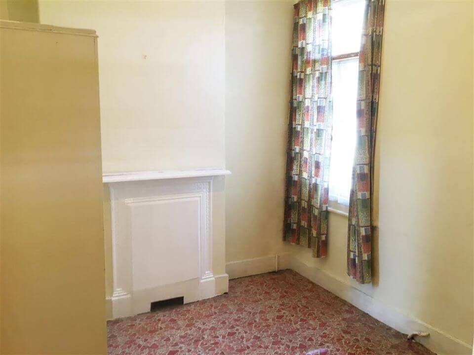 21 Denbigh Road, East Ham, London E6 3LF - back room