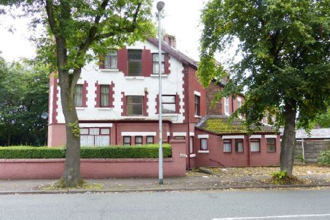 selling a manchester house at auction - 65 Birchfields Road, Manchester, Lancashire M13 0XQ