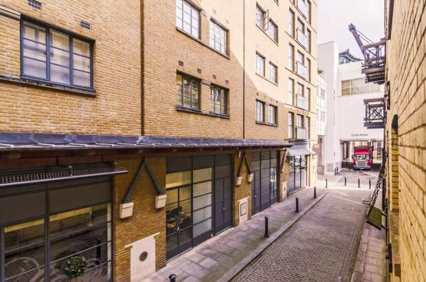 Auction Sale of Property in Shad Thames. London