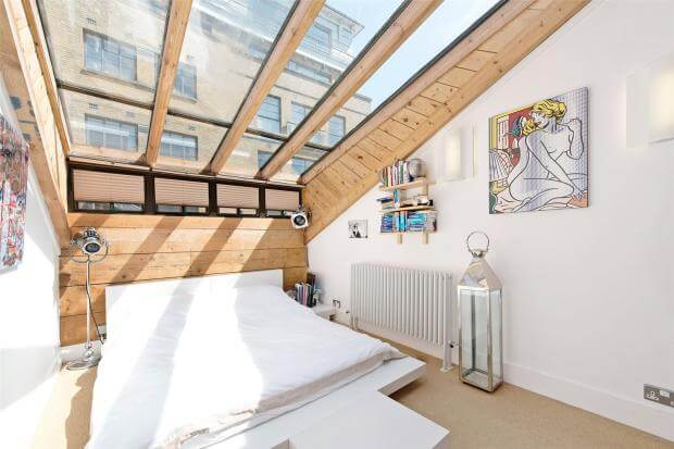 Auction Sale of Property in Shad Thames. London - Bedroom 1