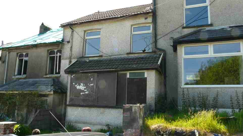 Selling a poor condition property at auction